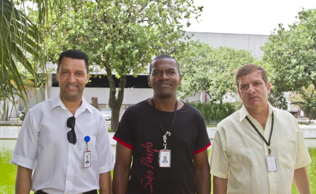 CIPA  – ANHEMBI – SÃO PAULO (SP) – 05.03.2015 – GERAL –  FUNCIONÁRIOS ELEITOS PARA A  CIPA 2015. NA FOTO, (ESQ/DIR )LAÉRCIO GABRIEL DE TOLEDO, MOISÉS DE ASSIS E DAVID LUCAS. FOTO: JOSE CORDEIRO/SPTURIS